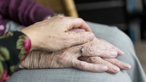 """放化疗短暂""""老""""五岁!别担心,一年后就可恢复"""